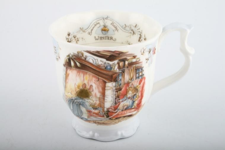 Royal Doulton - Brambly Hedge - Seasons - Mug - Winter - blue foot, embossed.